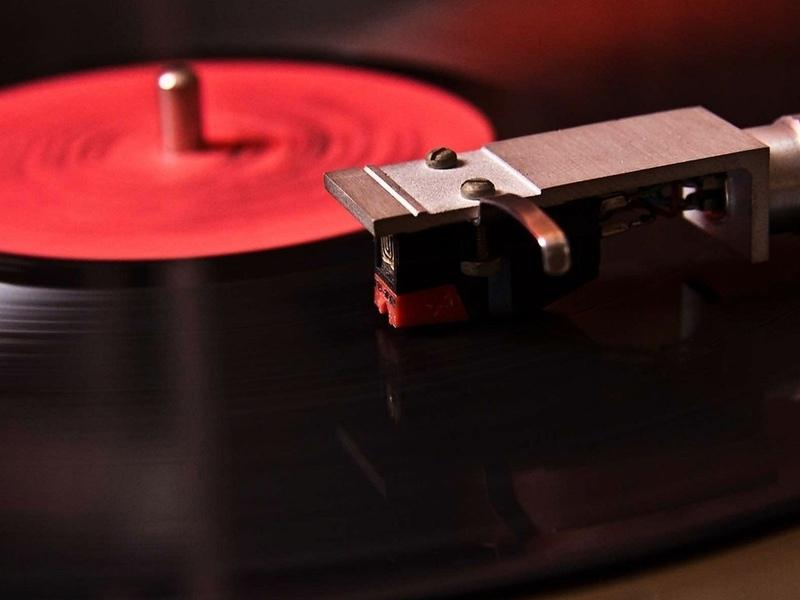 Скачать dj музыку на виниле