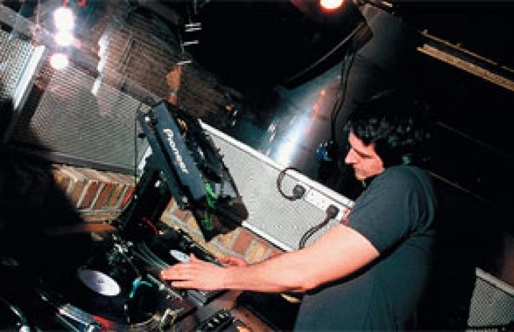 DTPM: DJs Джастин Баллард (Великобритания), Марк Вестерни (Великобритания), Axel, Бобров, Слава Шелест, Пилот, Максим, Данила, Глеб