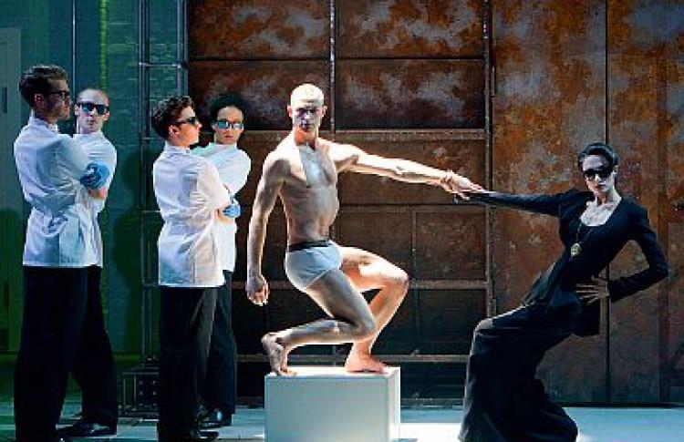 Британский хореограф Мэтью Боурн: «Вдетстве ябыл охотником заавтографами»
