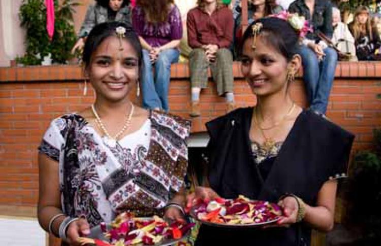 Празднование Шри Кришна Джанмаштами - Дня рождения Кришны