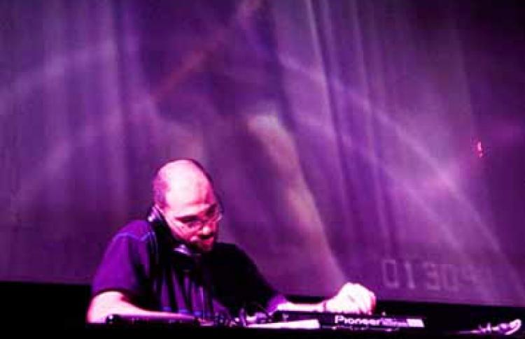 Mr.Wakanda (Barcelona), DJ Kimbar и Виталик