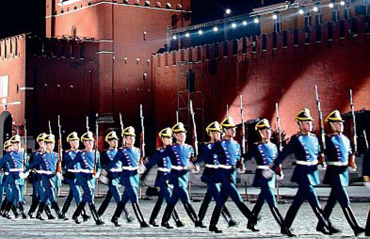 """Международный военно-музыкальный фестиваль """"Спаская башня"""""""