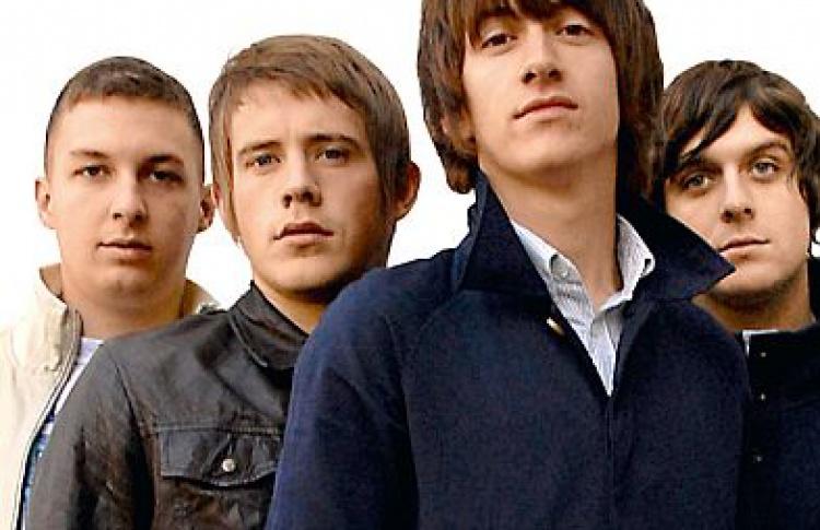 Мэтт Хелдерс (Arctic Monkeys): «Плохо быть весь день топьяным, тоспохмелья»