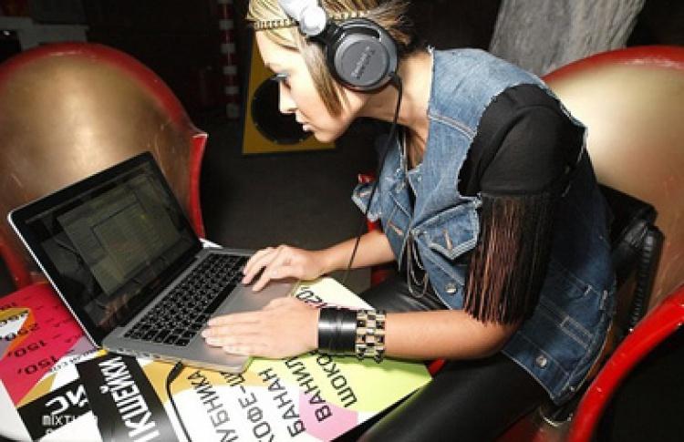 Paraplanradio. Andrei&Eleonora, Anton M & Juno, DJ Antonionni (Tesla Boy), DJ Kalivas
