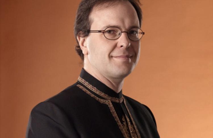 Симфонический оркестр Финского радио, дирижер С. Орамо, солистка Ану Комси (сопрано)