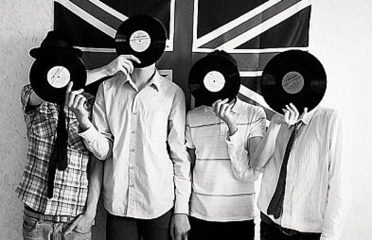 OK Vinyl + Mari! Mari!