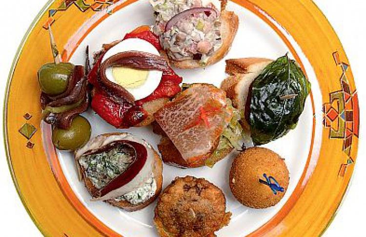 Семь мест сиспанской едой