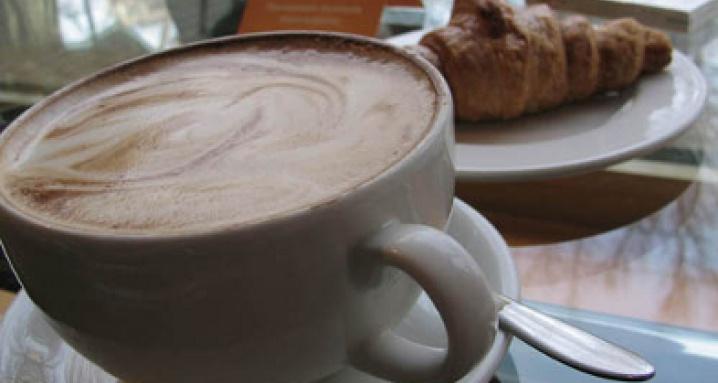 Кофе Хауз на Мичуринском проспекте, в Олимпийской Деревне
