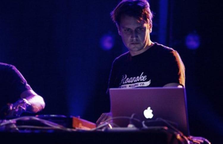 Lifelike (Франция), DJs Fanick, Vladlenne, Loveski