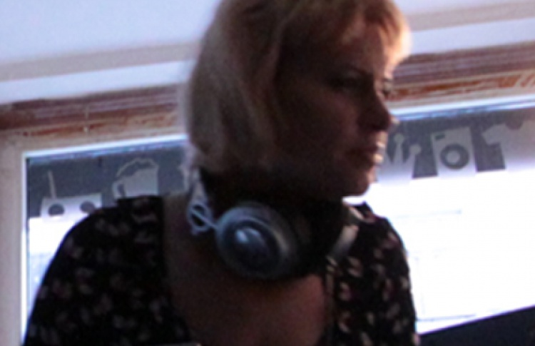 DJs Vinegretta (electro, dance rock, indie rock, 8-bit), Mila Starling (electroclash, electro), Mrachek (dancerock, dancemetal)