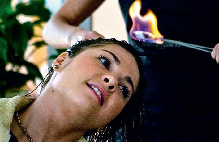 Новинка: обжигание волос огнем