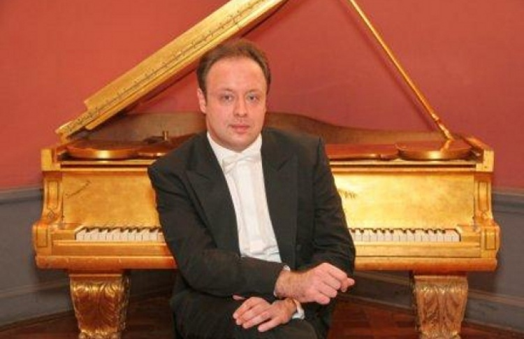 Александр Гиндин (фортепиано)