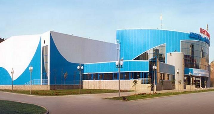 Дворец ледового спорта