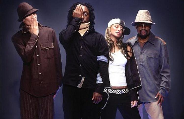 Black Eyed Peas возглавили список бестселлеров iTunes