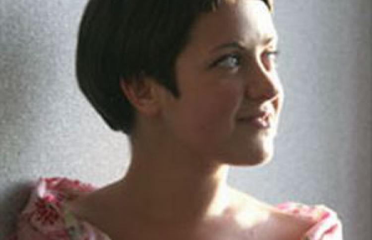 Анна Лошак