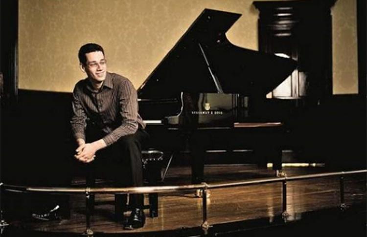 Джонатан Бисс (фортепиано)