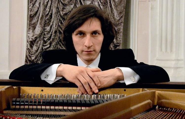 Рэм Урасин (фортепиано)