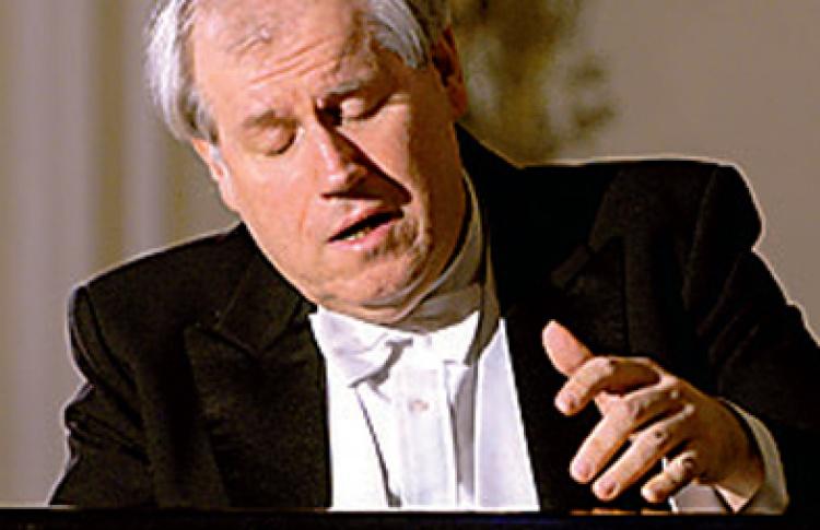Григорий Соколов (фортепиано)