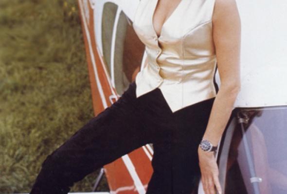 Самые знаменитые девушки Бонда - Фото №14