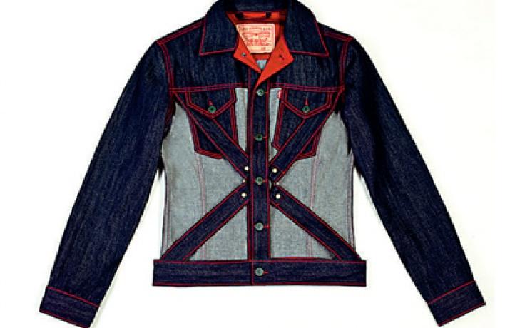 Джинсовая коллекция Жан-Поля Готье, созданная для Levi's, приехала вПетербург.