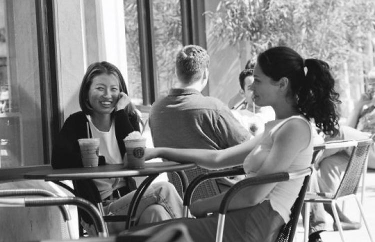 Кофейни Starbucks открывают летние веранды