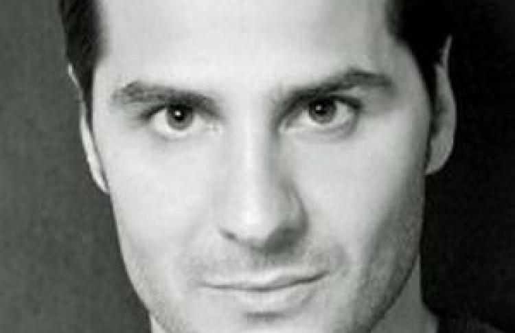 Алехандро Касасека
