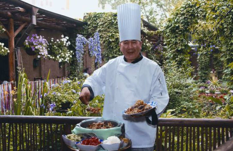 Ресторан «Узбекистан» открывает летнюю веранду