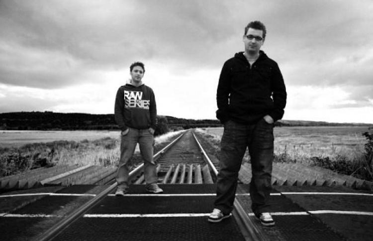 Loco & Jam (live), DJs Lloyd Reid (все - Великобритания), Max Bett, Compass-Vrubell