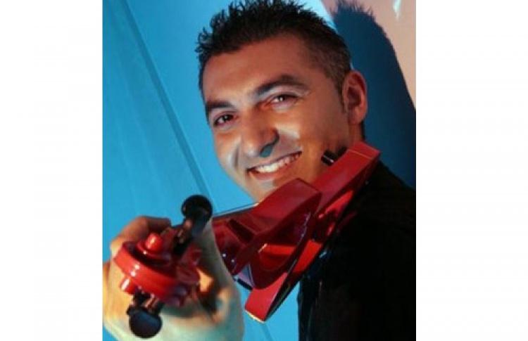 Ночь сизвестным скрипачом Тиграном Петросяном