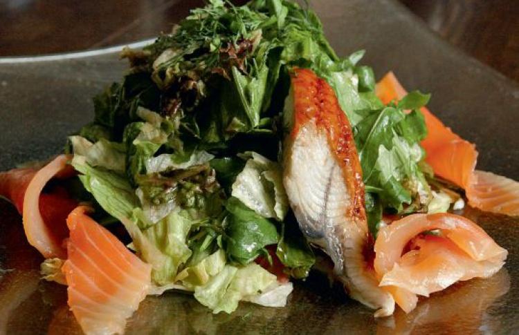 Салат сугрем, крабом илососем