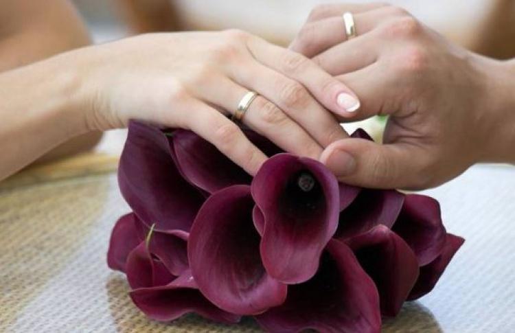 ВМоскве реже женятся, ночаще рожают
