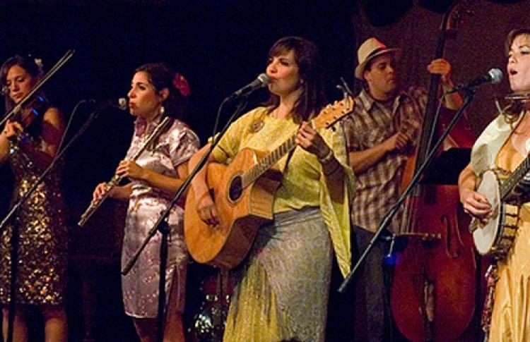 Первый фестиваль цыганского джаза