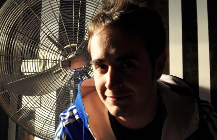 DJs Pirupa (Италия), Духов, Чикаго, Housekeeper