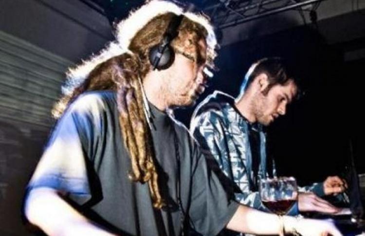 Bass my Ass: DJs Bar 9, Dub & Run (все - Великобритания), St. Rider, Benji, Faib