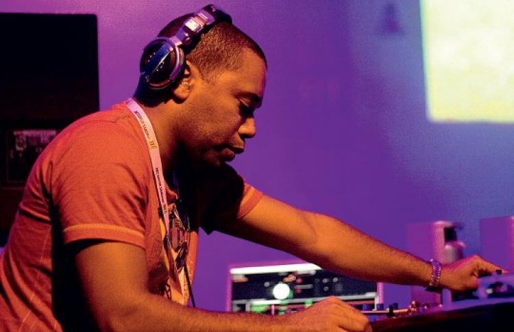 "Happy Birthday ""Крыша Мира"": DJs Carl Craig (США), Spyder, Fish, Nils, Трапезников"