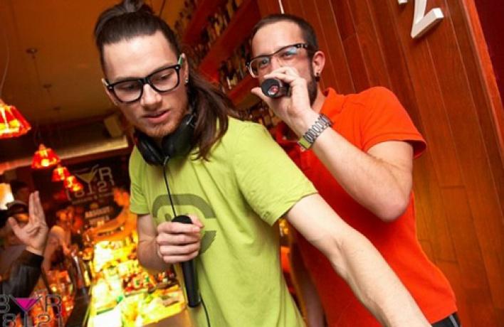 Weekend вбаре 812 спарнями изChek daZvukers, djKimbar икомпанией Loveschool!