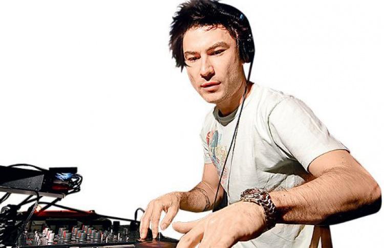 Clockwork Heads: DJs K (Канада), CWH