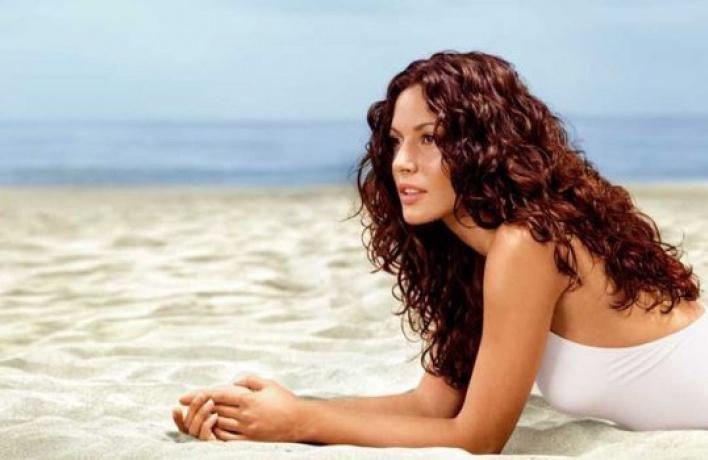 4солнцезащитных средства для волос