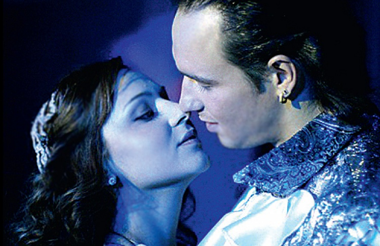 «Ромео иДжульетта» насцене Мюзик-Холла