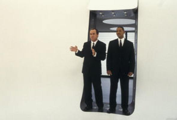 Люди в черном 2 - Фото №27