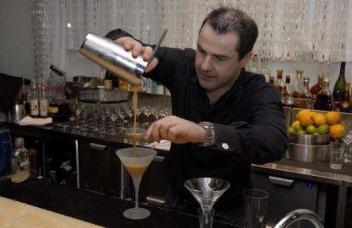 Ирландский бармен вDream Bar