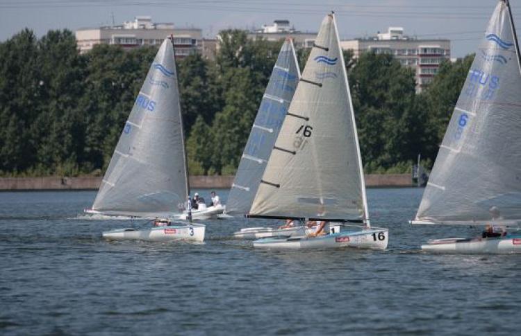 Вакватории Royal Yacht Club пройдет Mildberry regatta