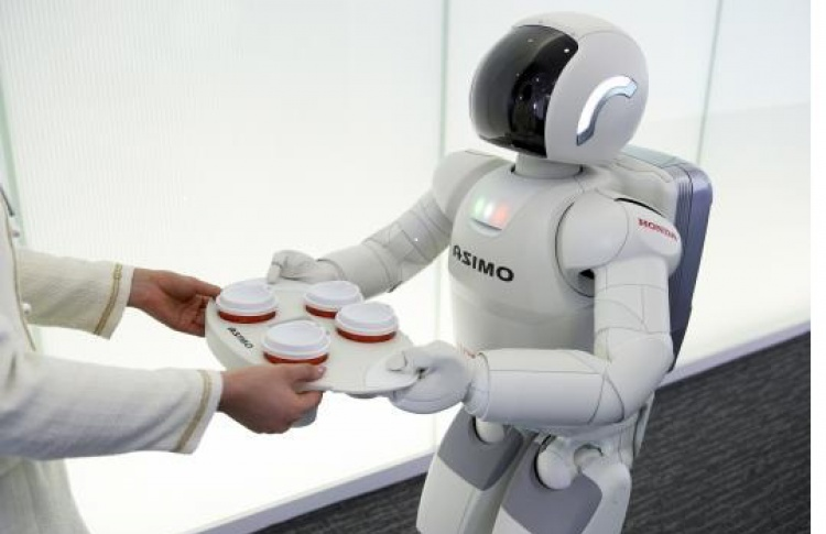 Вгороде для детей будут работать робот-гид иробот-врач