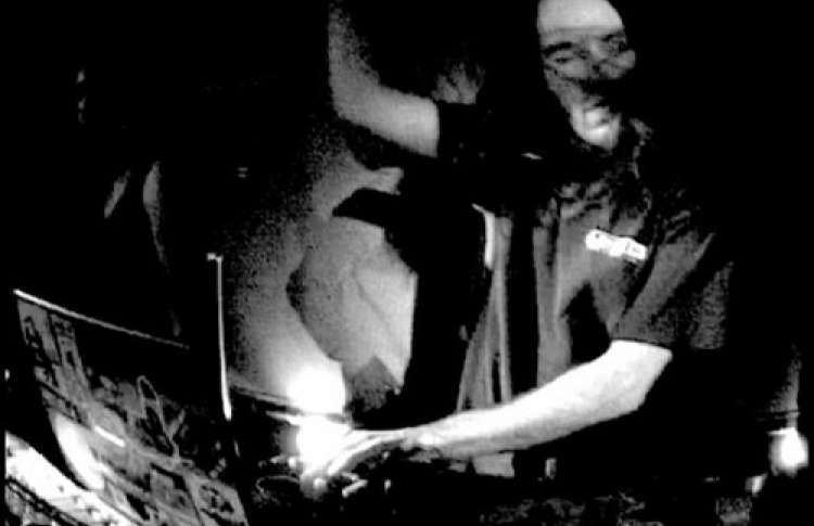 Ozzy Ozwald (Peace Off, Structural Damage Records, Бельгия), DJs Gromov, Compressly, Lacuriosa, Donttochmebitch