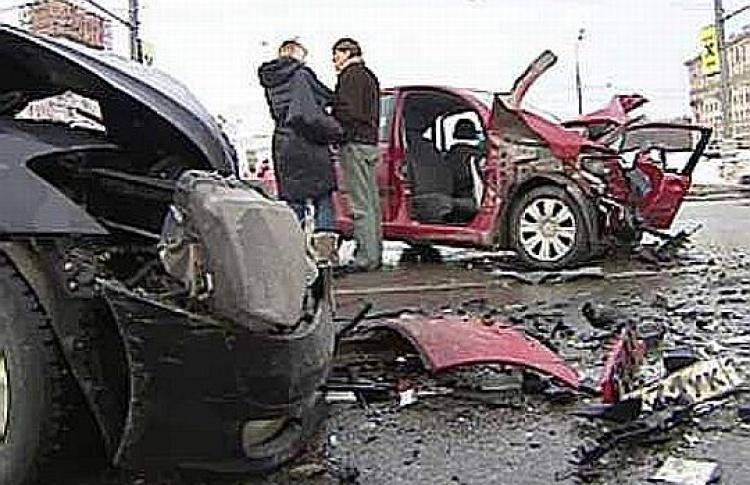 Эксперты выяснили, кто был виноват вДТП наЛенинском проспекте