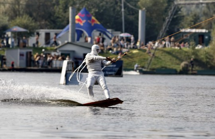 Fun Wake Contest & Windsurf Crazy Race в Строгино