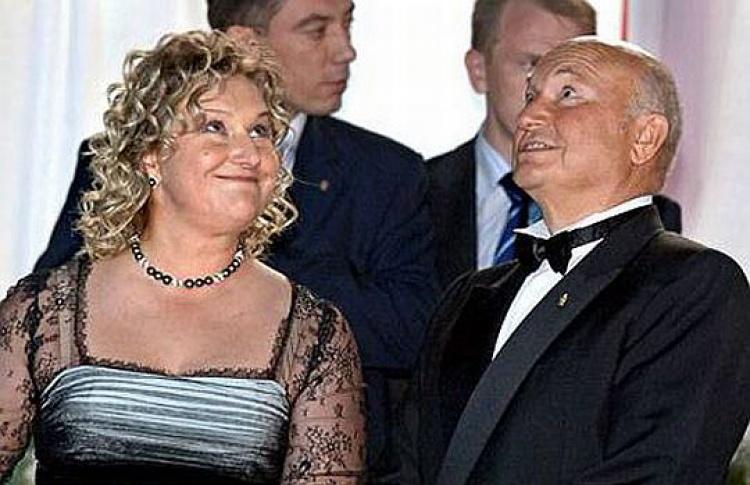 НТВ продолжает «мочить» семью мэра Москвы