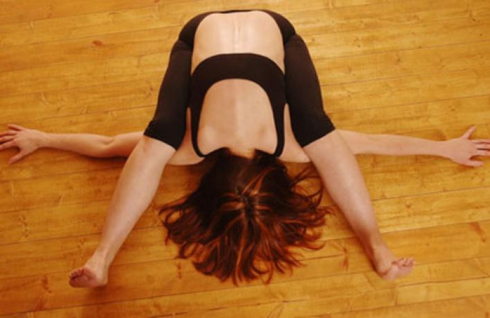 Новая йога-студия Айенгара «Самадхи»