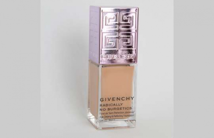 Тон против морщин Givenchy No Sur getics