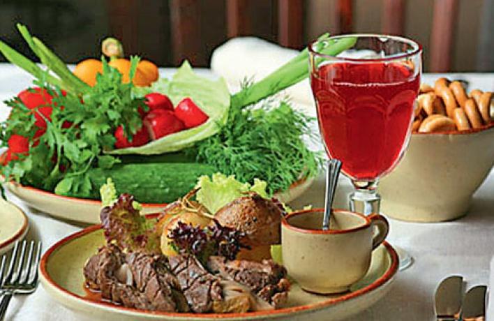 Обеды в«Русской Чарке»